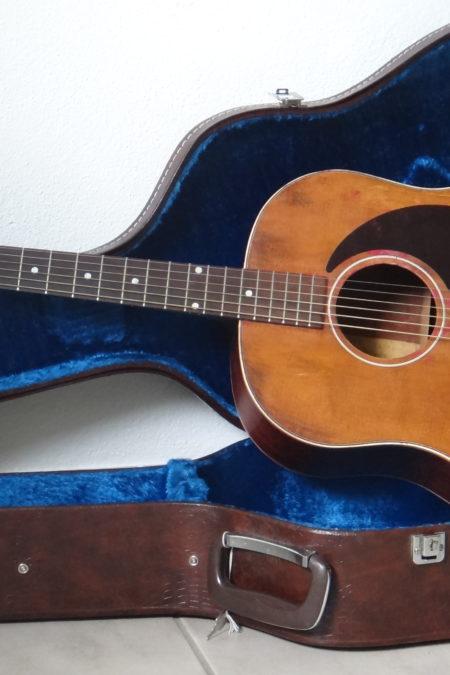 DSC04457 450x675 - Gibson J-50 aus 1954