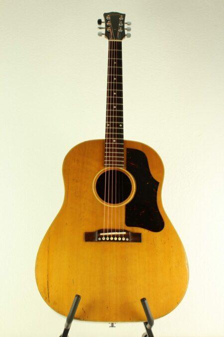 IMG 0004 5 450x675 - Gibson J-50 1958
