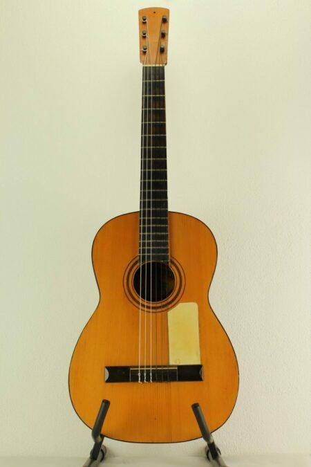 IMG 0004 7 450x675 - Meister-Gitarre Telesforo Julve 1a Luthier handgebaut vom Meister