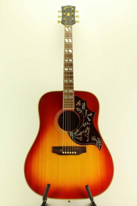 IMG 0016 450x675 - Gibson Hummingbird 1968