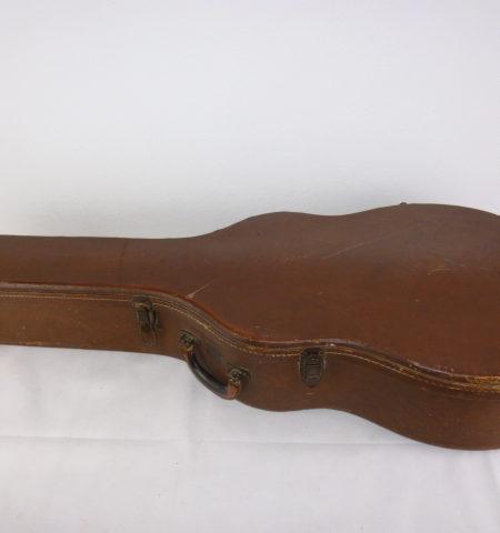 P1080346 450x480 - Gibson J-200 Koffer 50'er
