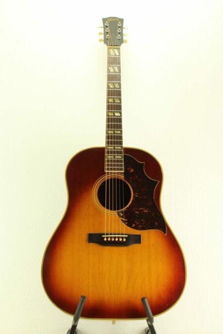 IMG 0003 5 450x675 - Gibson Southern Jumbo 1949