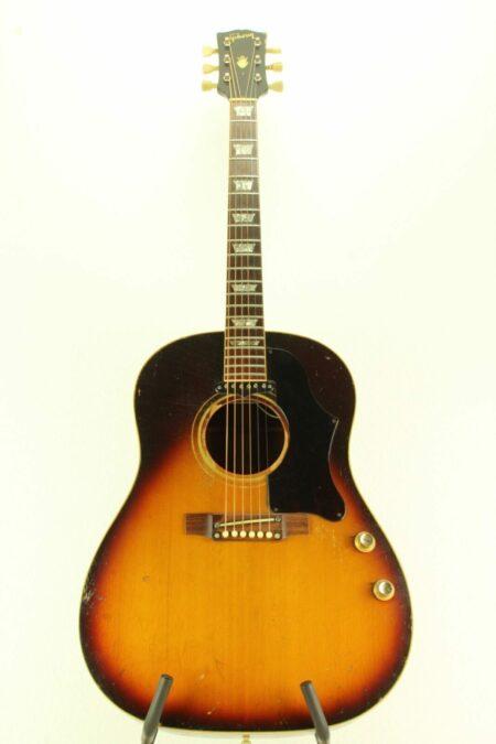 IMG 0010 4 450x675 - Gibson J-160E 1968 Beatles Gitarre