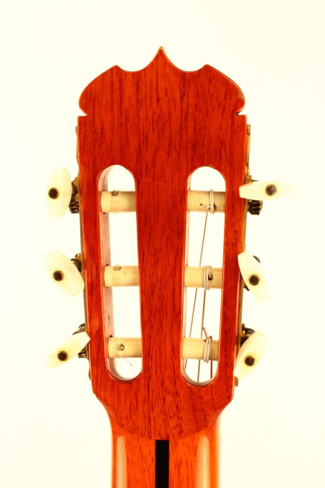 Jose Ramirez 1a 1979 headstock back