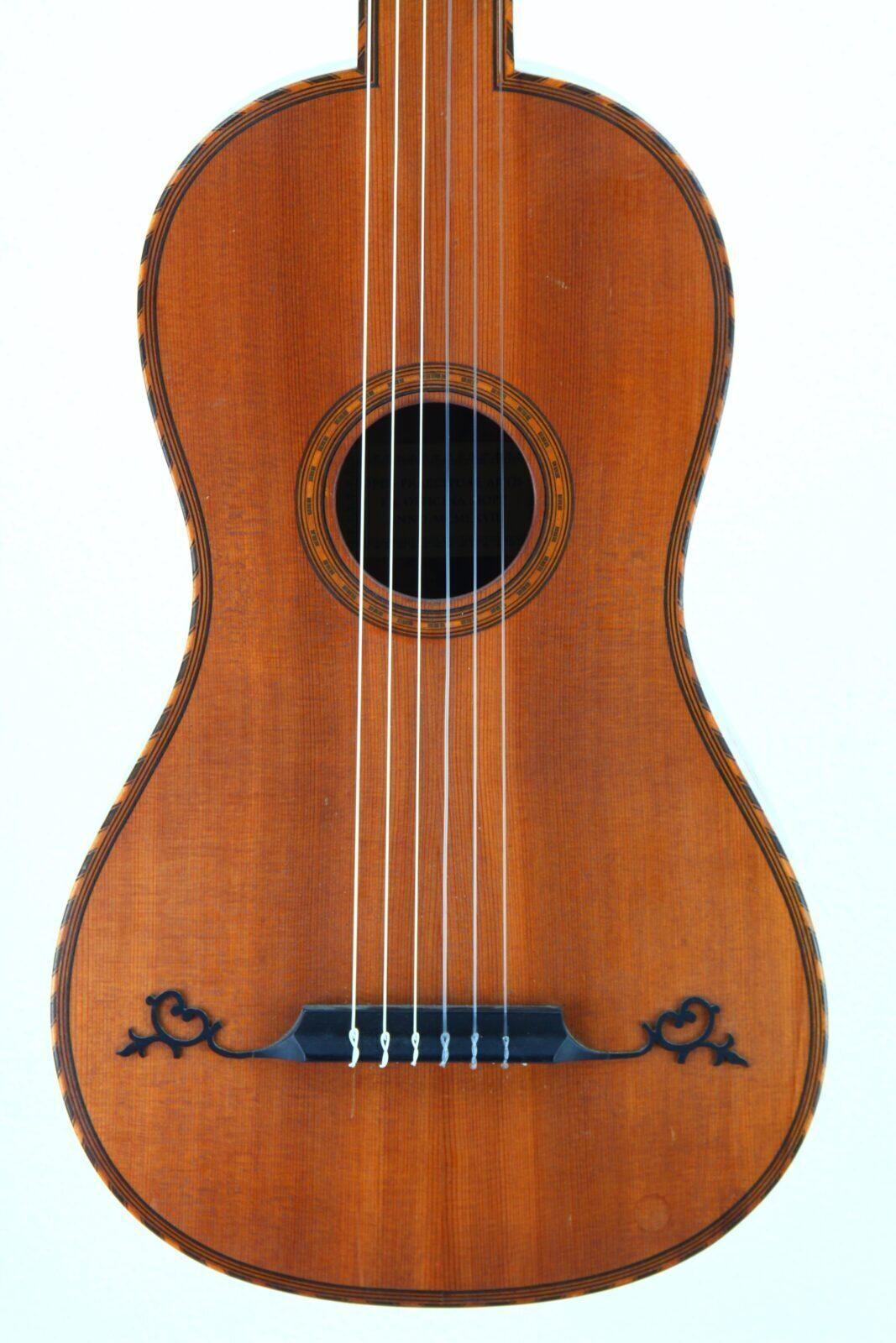 Dieter Hopf baroque guitar body front