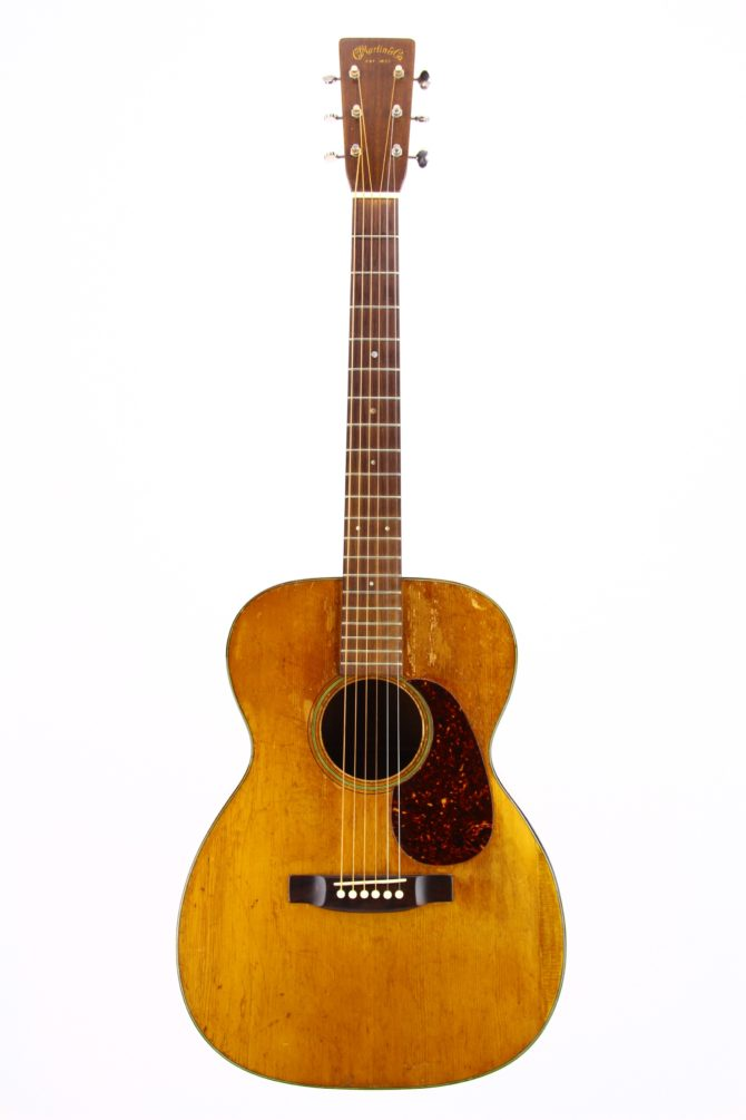 Martin 00-18 1941 front