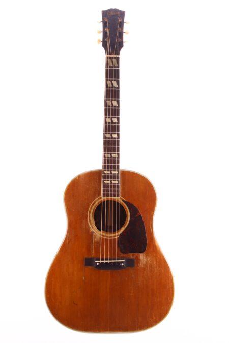 IMG 0782 450x675 - Gibson Southern Jumbo 1948