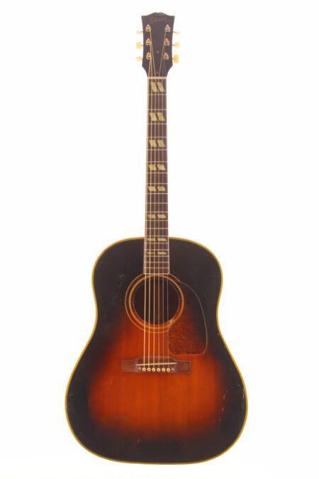 IMG 1003 450x675 - Gibson Southern Jumbo 1952