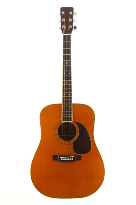 IMG 1050 450x675 - Martin D-35 1968