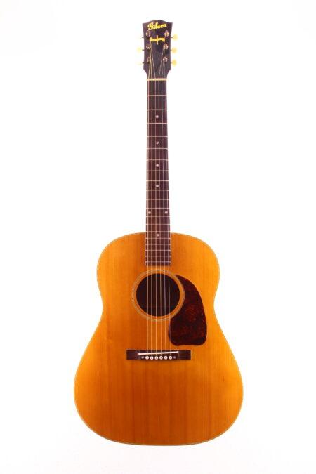 "IMG 2218 450x675 - Gibson J-50 1943 ""Banner"""