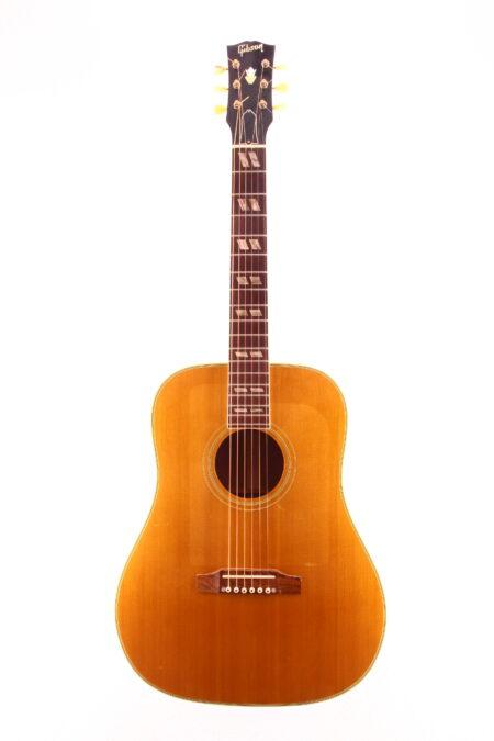 IMG 2273 450x675 - Gibson FJN (Folk Singer Jumbo) 1965