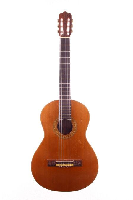 IMG 2335 450x675 - Jose Rodriguez klassische Gitarre