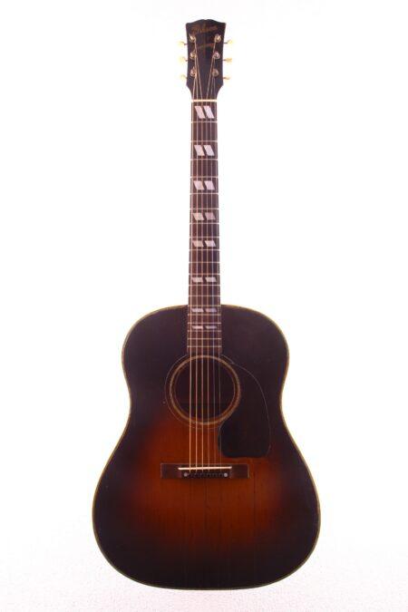 "IMG 2580 450x675 - Gibson Southern Jumbo 1943 ""Banner"""