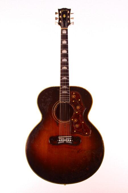 IMG 3064 450x675 - Gibson Sj-200 1952