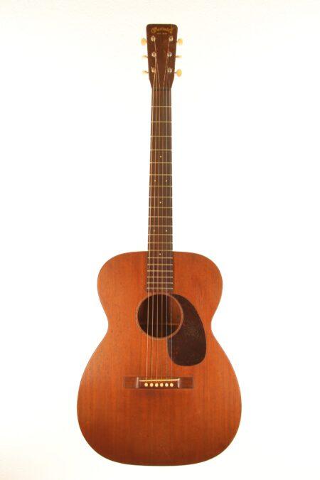 IMG 0039 450x675 - Martin 00-17 1958