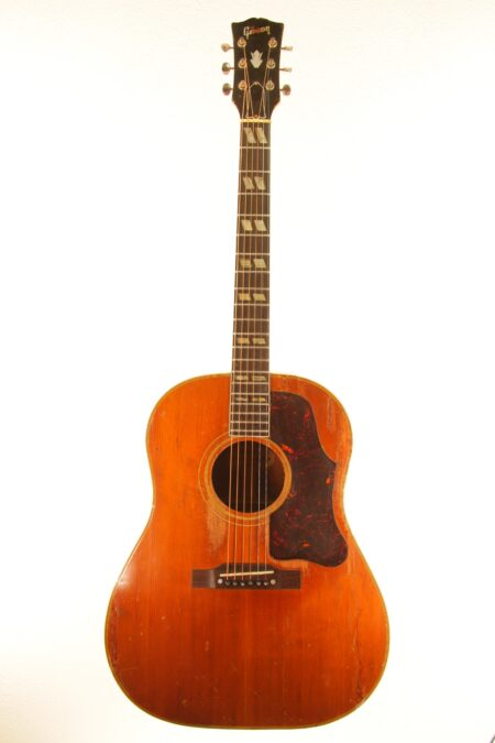 IMG 0025 450x675 - Gibson Country Western 1956