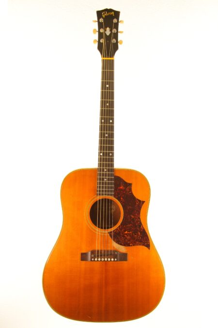 IMG 0048 450x675 - Gibson Country Western 1966