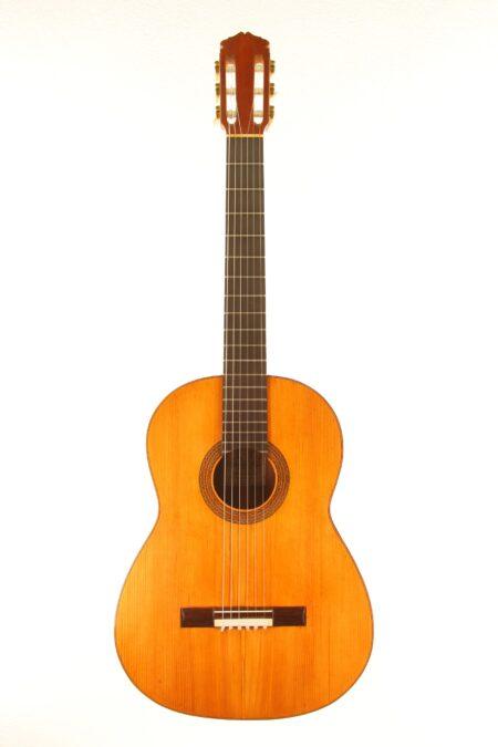 IMG 0028 450x675 - Manuel de la Chica 1957