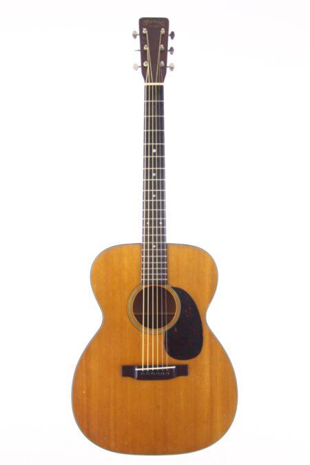 IMG 0011 2 450x675 - Martin 000-18 1959