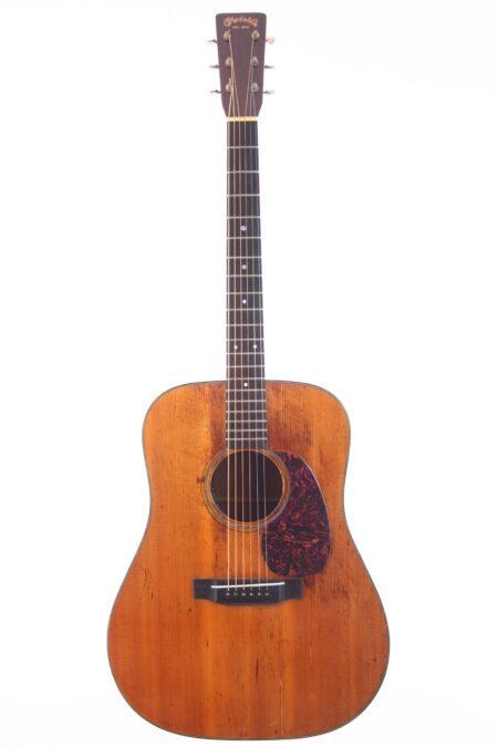 IMG 0011 450x675 - Martin D-18 1948