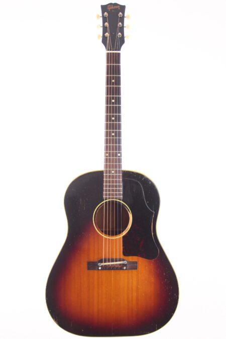 IMG 0020 2 450x675 - Gibson J-45 1957