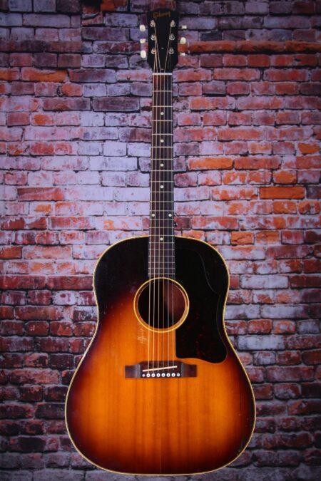 IMG 4359 450x675 - Gibson J-45 1958